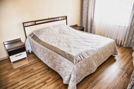 Сдается 2-комнатная квартира посуточнов Тюмени, ул. Мельничная, д.83, корп.4.