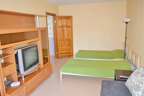 Сдается 2-комнатная квартира посуточно в Тольятти, проспект Степана Разина 72.