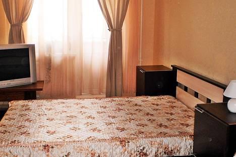 Сдается 1-комнатная квартира посуточнов Великом Новгороде, Волотовская, 5.