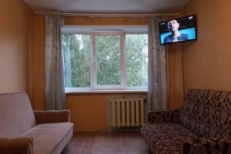 Сдается 1-комнатная квартира посуточно в Сыктывкаре, Коммунистическая ул., 68.