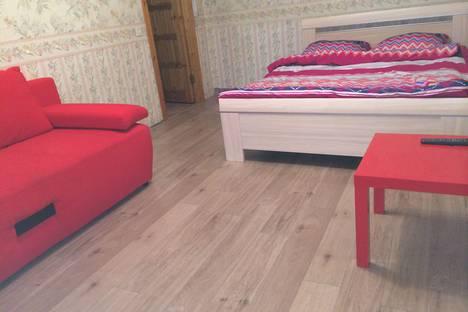 Сдается 1-комнатная квартира посуточно в Сыктывкаре, ул. Морозова, 39.