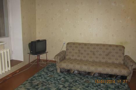 Сдается 1-комнатная квартира посуточно в Сыктывкаре, Коммунистическая 33.
