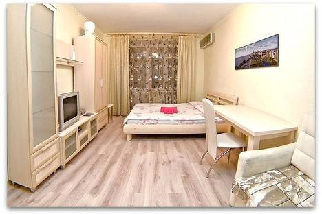 Сдается 2-комнатная квартира посуточнов Санкт-Петербурге, Загородный проспект 70.