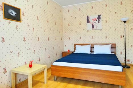 Сдается 1-комнатная квартира посуточно в Туле, ул. Кирова, д. 151А.