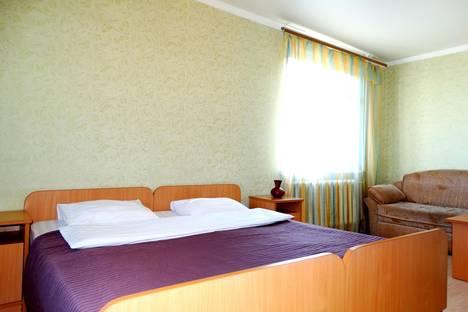Сдается 1-комнатная квартира посуточнов Туле, ул. Максимовского, д. 21.