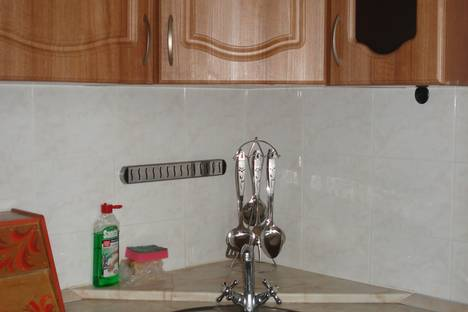 Сдается 2-комнатная квартира посуточно в Магадане, Карла Маркса, 44.