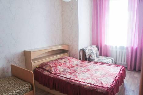 Сдается 2-комнатная квартира посуточно в Кургане, ул.Ленина,27.
