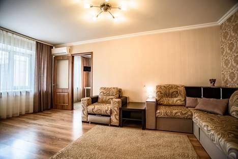 Сдается 2-комнатная квартира посуточно в Липецке, Зегеля ул., 23.