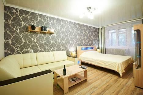 Сдается 1-комнатная квартира посуточно в Ярославле, ул. Полиграфическая, 19.