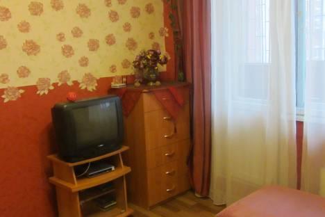 Сдается 1-комнатная квартира посуточнов Екатеринбурге, Сурикова, 30.