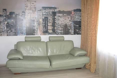 Сдается 2-комнатная квартира посуточнов Екатеринбурге, Фурманова 67.