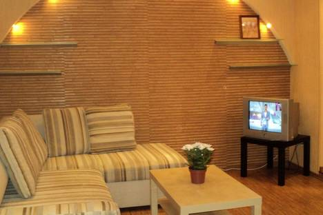 Сдается 1-комнатная квартира посуточнов Екатеринбурге, ул.Волгоградская, 184.