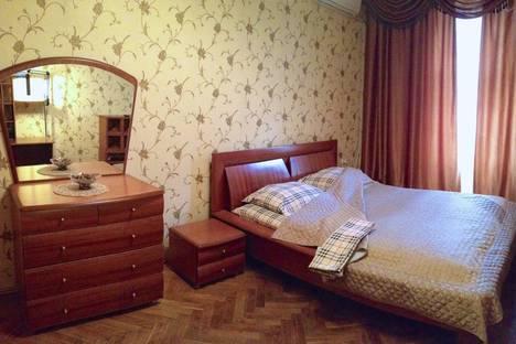 Сдается 1-комнатная квартира посуточно в Воронеже, ул. Кардашова, 1.
