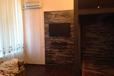 Сдается 1-комнатная квартира посуточно в Армавире, Халтурина улица, д. 36.