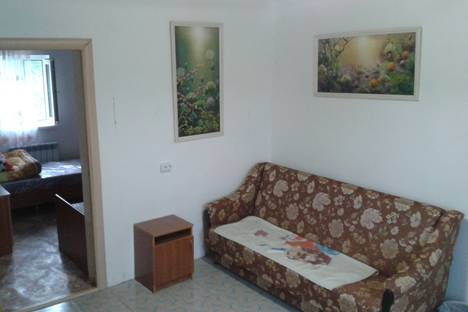 Сдается 2-комнатная квартира посуточно в Белореченске, Новоселовская улица, д. 225, корп. 2.
