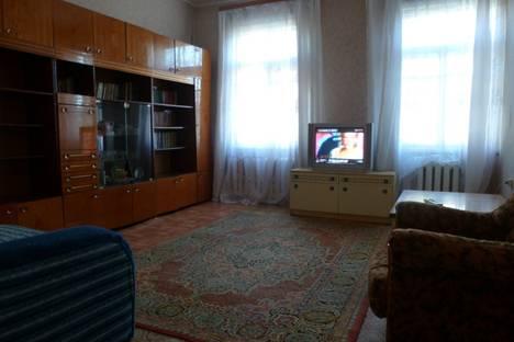Сдается 2-комнатная квартира посуточно в Златоусте, 2 Тесьминская 119.