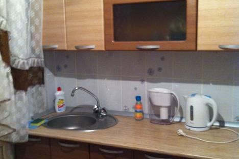 Сдается 2-комнатная квартира посуточно в Березниках, ул. Ленина, 35.