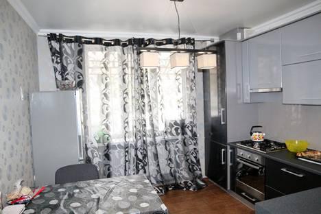 Сдается 2-комнатная квартира посуточно в Ессентуках, ул. Орджоникидзе, 84.