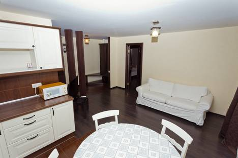 Сдается 2-комнатная квартира посуточнов Нижнем Новгороде, ул.Максима Горького, д.144.