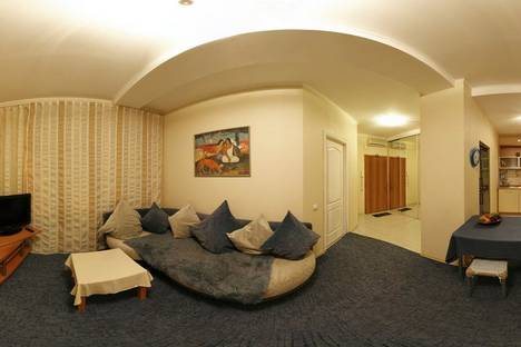 Сдается 3-комнатная квартира посуточно в Нижнем Новгороде, ул. Большая Покровская, д.30а.