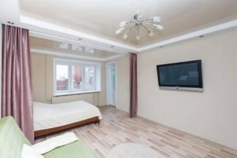 Сдается 1-комнатная квартира посуточнов Екатеринбурге, Декабристов 45.