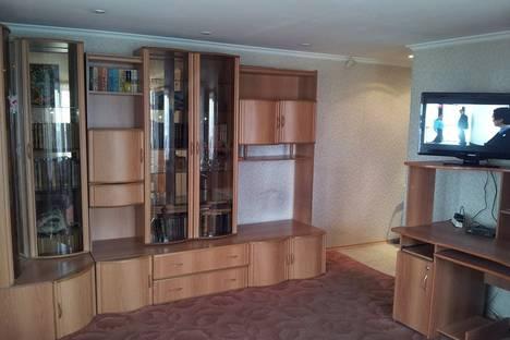 Сдается 2-комнатная квартира посуточнов Петропавловске-Камчатском, проспект 50 лет Октября, 13.