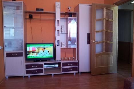 Сдается 2-комнатная квартира посуточнов Петропавловске-Камчатском, Космический проезд, 4.