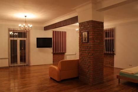 Сдается 1-комнатная квартира посуточно в Перми, Комсомольский проспект, 58.