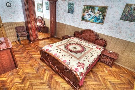 Сдается 2-комнатная квартира посуточно в Санкт-Петербурге, ул. 7-я Красноармейская, 23.