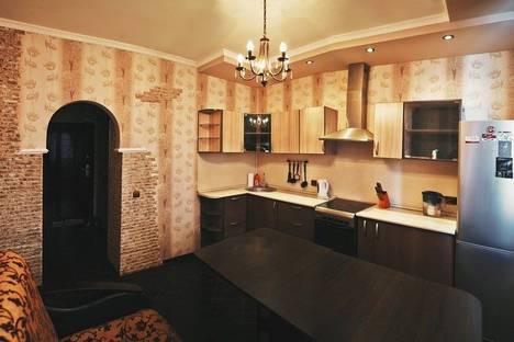 Сдается 1-комнатная квартира посуточно в Оренбурге, ул. Салмышская, 74.