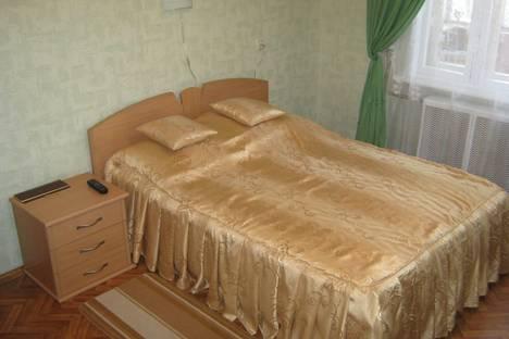 Сдается 1-комнатная квартира посуточнов Екатеринбурге, ул. Парниковая, д.1.