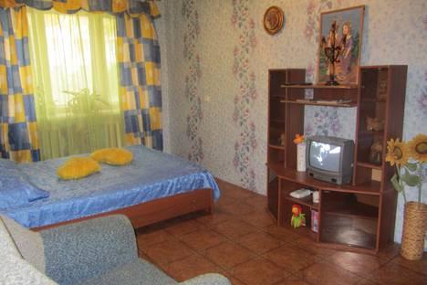 Сдается 1-комнатная квартира посуточнов Великом Устюге, ул. Виноградова, 68.