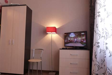 Сдается 1-комнатная квартира посуточно в Саратове, Московская 21.