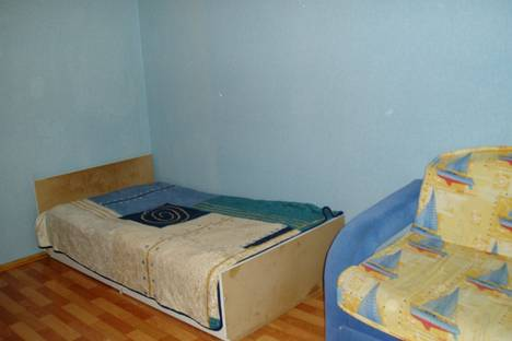 Сдается 2-комнатная квартира посуточнов Оренбурге, ул. Чкалова, 3 к. 2.