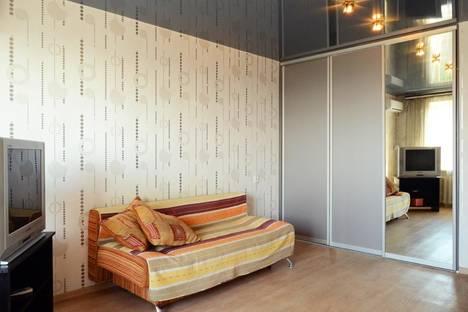 Сдается 1-комнатная квартира посуточно в Хабаровске, ул. Ленина, 51.
