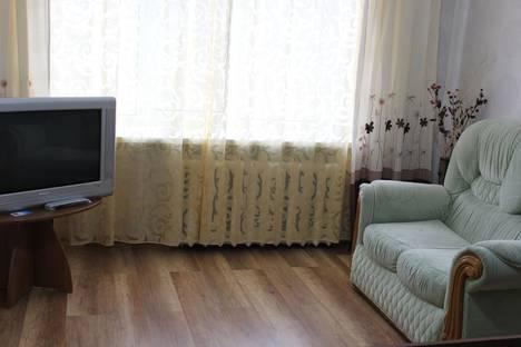 Сдается 1-комнатная квартира посуточно в Кургане, Карла Маркса,61.