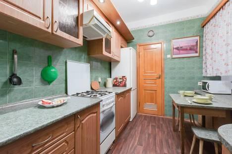 Сдается 2-комнатная квартира посуточно в Санкт-Петербурге, проспект Бакунина, 29.