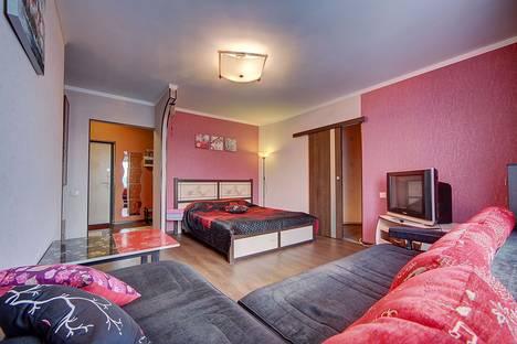 Сдается 1-комнатная квартира посуточно в Санкт-Петербурге, пр.Пятилеток 13/1.