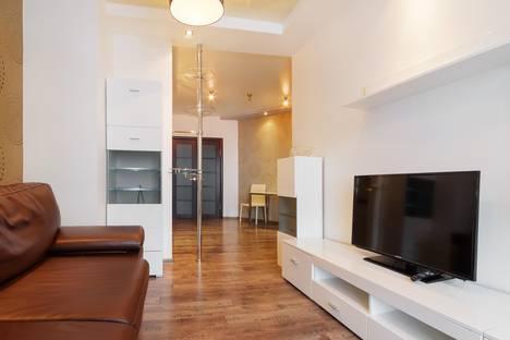 Сдается 2-комнатная квартира посуточно в Ростове-на-Дону, Соборный переулок, 62.