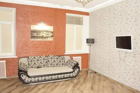 Сдается 1-комнатная квартира посуточно в Твери, ул. Советская, 7.