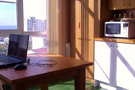 Сдается 1-комнатная квартира посуточно в Геленджике, ул. Грибоедова, 60/1.