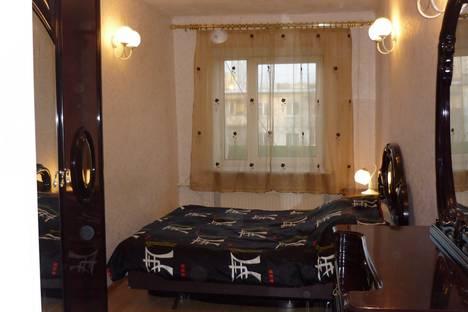 Сдается 3-комнатная квартира посуточно в Перми, ул. Ленина, 84.