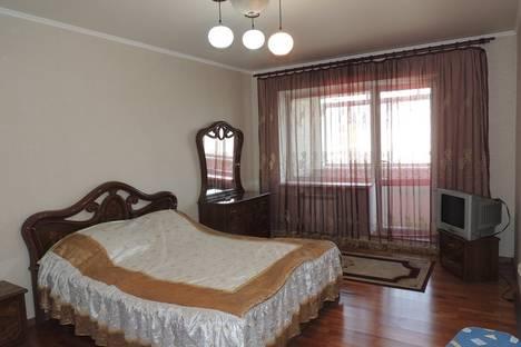 Сдается 2-комнатная квартира посуточно в Благовещенске, ул. Шевченко, 44.
