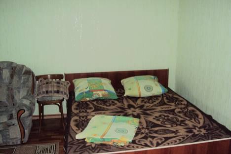 Сдается 1-комнатная квартира посуточно в Курске, проспект Клыкова, 58.