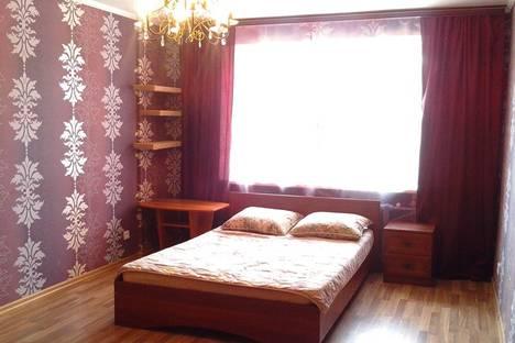 Сдается 2-комнатная квартира посуточно в Иванове, Лежневская ул., 166а.