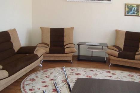 Сдается 2-комнатная квартира посуточно, ул.Куконковых, д.154.