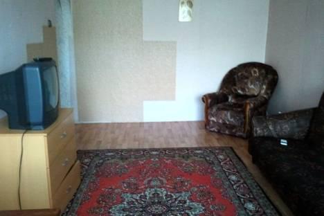 Сдается 2-комнатная квартира посуточно в Выксе, м-он Юбилейный,73.
