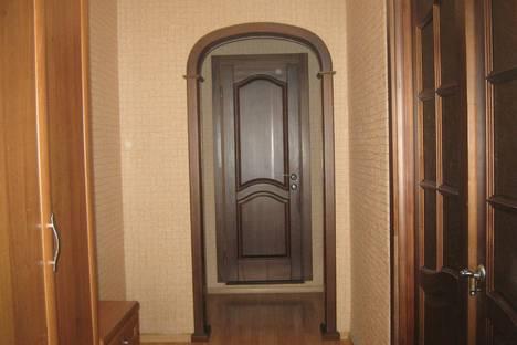 Сдается 3-комнатная квартира посуточно в Красноярске, ул.2-я Хабаровская,1.