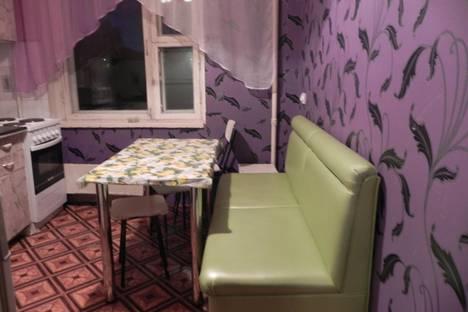 Сдается 3-комнатная квартира посуточнов Новокуйбышевске, Московское шоссе, 276.