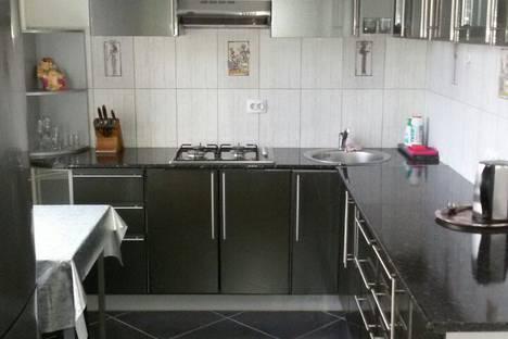 Сдается 1-комнатная квартира посуточно в Новотроицке, ул. Уральская, 20.